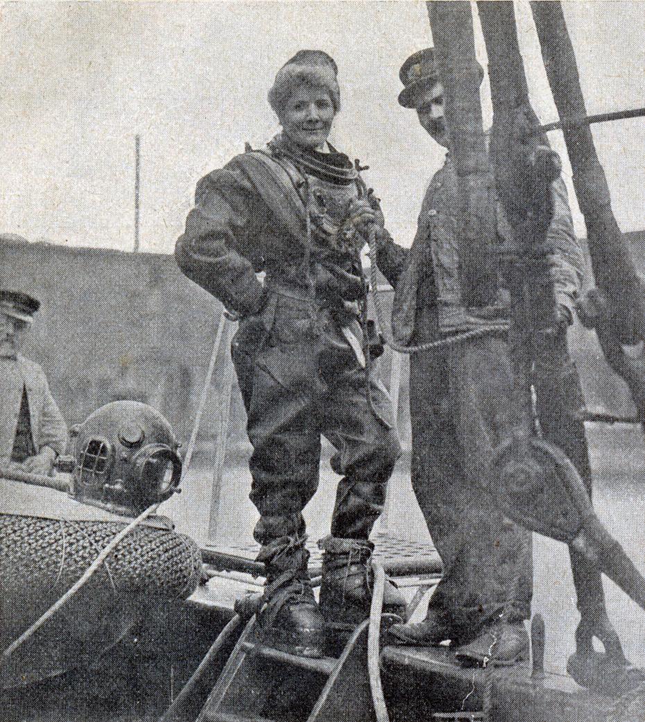 erste-taucherin-1908