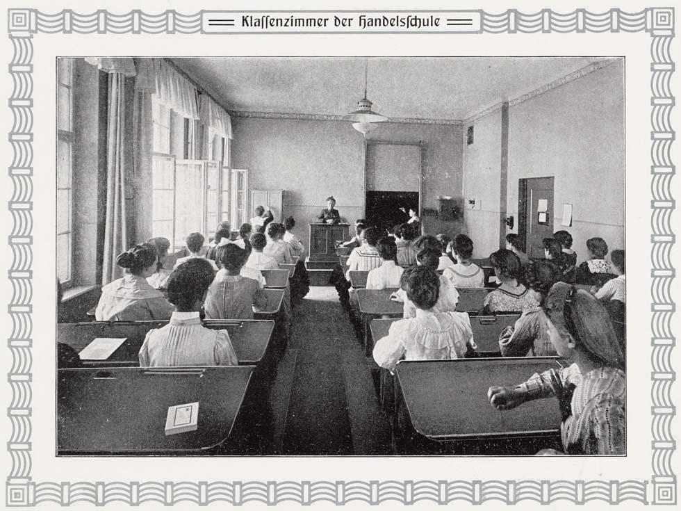lette-haus-klassenzimmer-handelsschule
