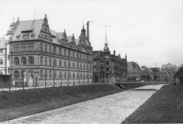 s1-5-10-35-r-reuchliin-gymnasium-hi-goethebruecke-foto-1910-metz_sm