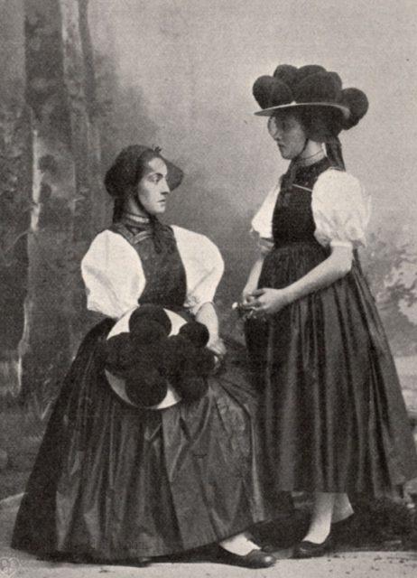 Die Tracht aus dem Gutachtal gehört zu den heute bekanntesten Trachten des Schwarzwalds