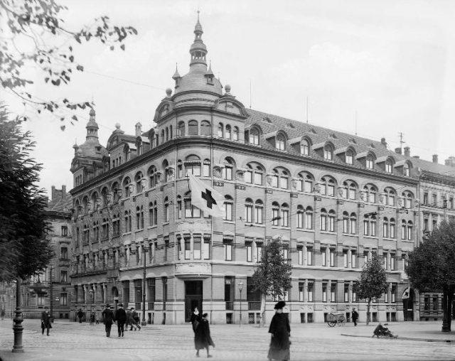 velhagen-klasing-verlagsgebaude-um-1912