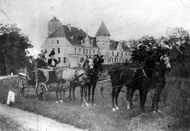 grafliche-kutsche-um-1900-willi-langhoff