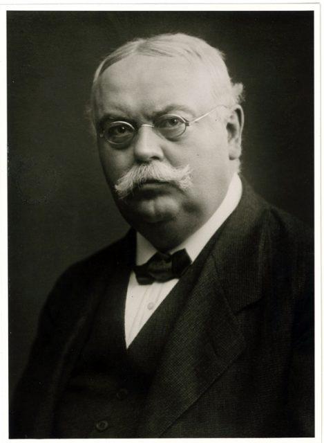 1910-dr.-august-oetker……6
