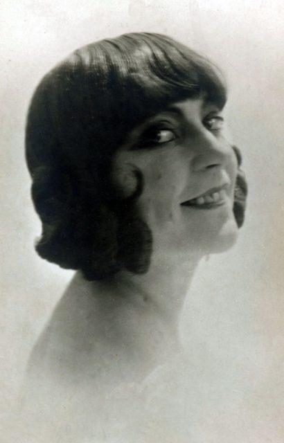 pk-asta-nielsen-portrait